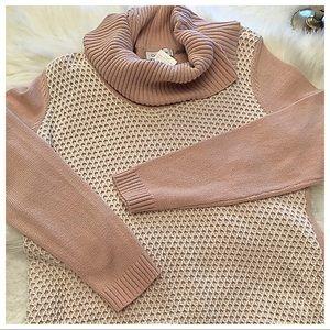 Ret $79 NWT Calvin Kline Sweater
